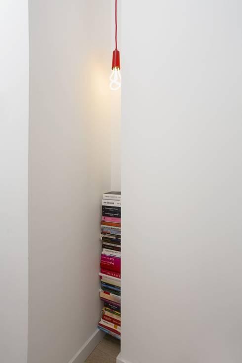 MIESZKANIE 75m2_WARSZAWA_ŻOLIBORZ: styl , w kategorii Korytarz, przedpokój zaprojektowany przez I Home Studio Barbara Godawska
