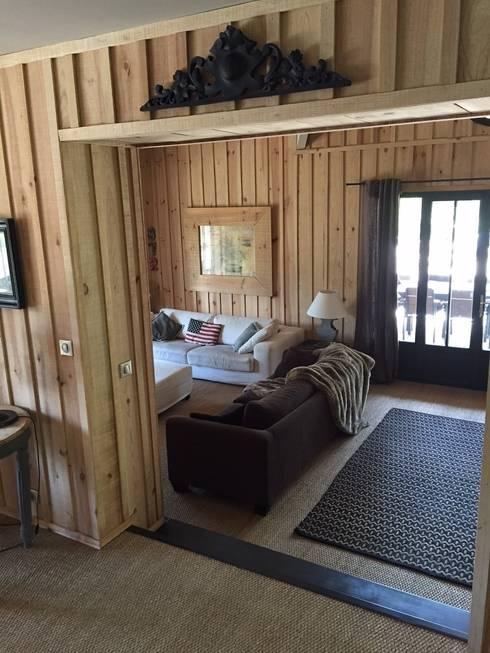 Salas de estilo ecléctico por Concept Home Setting