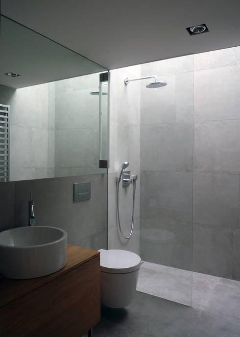modern Bathroom by Architekt Zoran Bodrozic