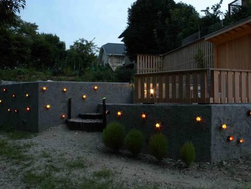 整備後 上の段と下の段: 篠田 望デザイン一級建築士事務所が手掛けたです。