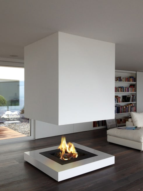 Feuerstelle Objekt-TSE: moderne Wohnzimmer von Wirth&Schmid AG