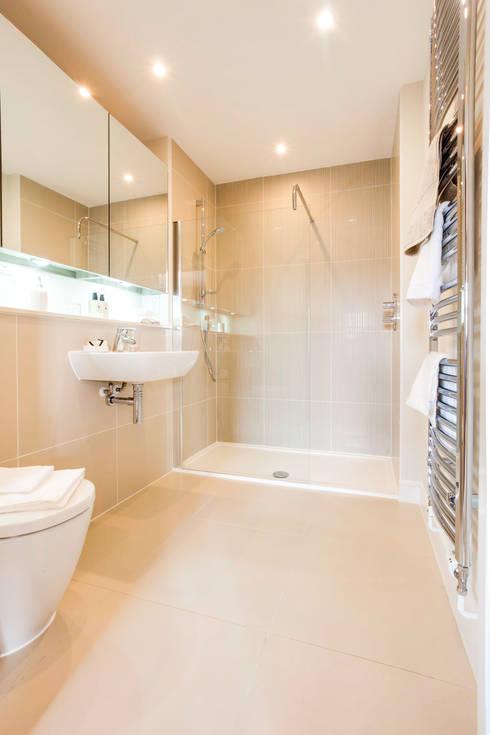 Montford Place:  Bathroom by Etre
