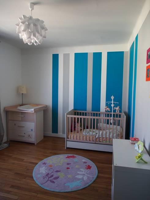 Maison de Famille rénovée: Chambre d'enfant de style de style Moderne par agence MGA architecte DPLG