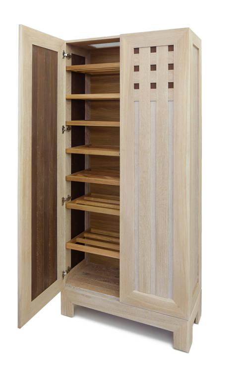 Schwebetürenschrank weiß  Individual Furniture: Kasten/Schrank in Eiche masiv weiß lasierend ...