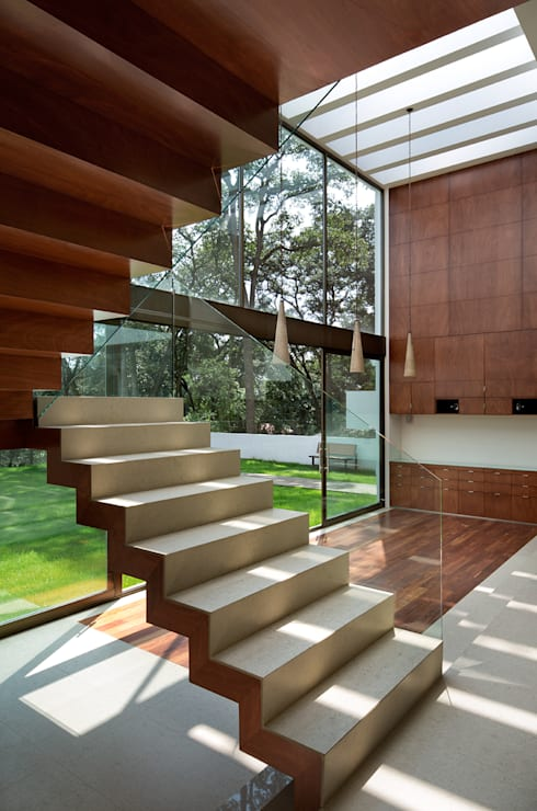 Koridor dan lorong by Micheas Arquitectos