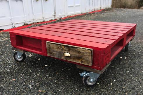 grande table basse palette rouge avec tiroirs par artodeco homify. Black Bedroom Furniture Sets. Home Design Ideas