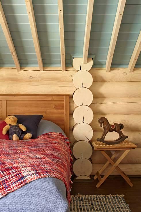 Dormitorios de estilo rústico por Lavka-design дизайн бюро