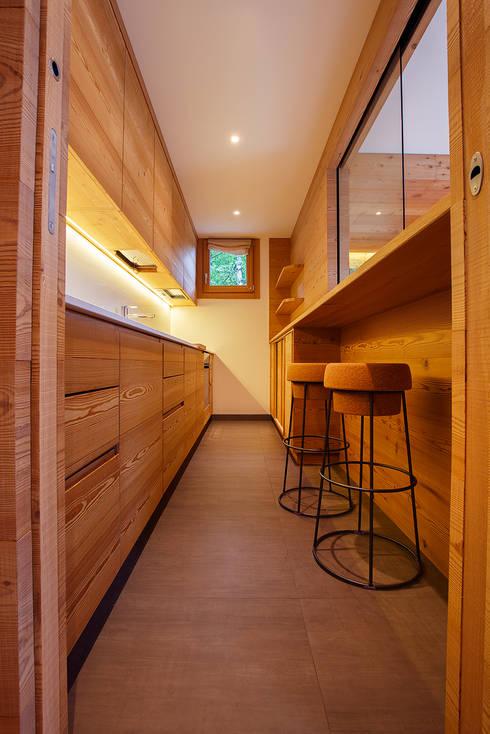 H1740: Cucina in stile  di BEARprogetti - Architetto Enrico Bellotti