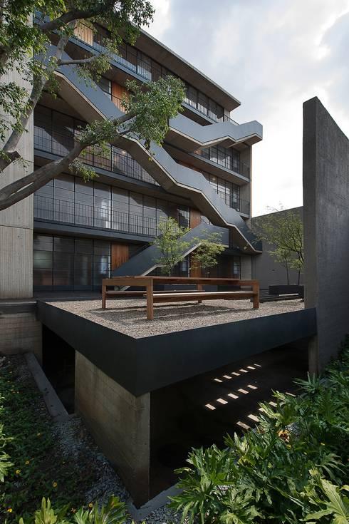 EGL 1916: Jardines de estilo  por Alvaro Moragrega / arquitecto