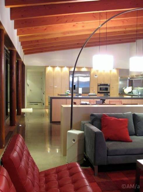 Lani Nui Ranch: Salas de estilo moderno por Alvaro Moragrega / arquitecto