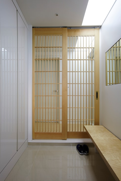 상인동 아파트인테리어: 스마트건축사사무소의  복도 & 현관