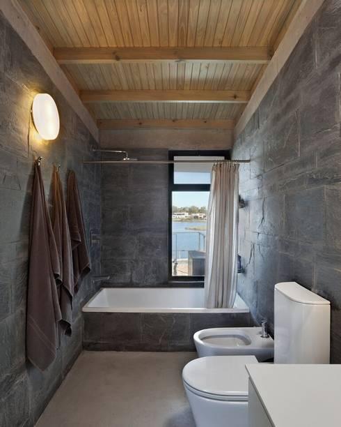 Badkamer door Ruben Valdemarin Arquitecto