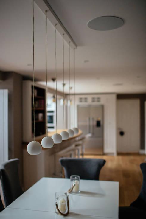 moderne Eetkamer door PARKdesigned Architects