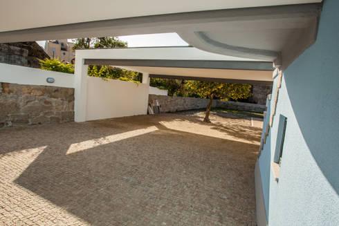 AReA 7 – Arquitectos Ivo Amaro_ Jorge Machado: Casas clássicas por AreA7