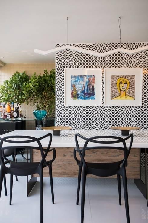 Ed. Único Condominium Classic: Salas de jantar modernas por Rodrigo Maia Arquitetura + Design
