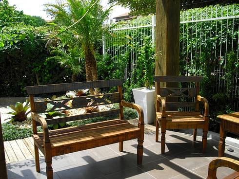 Condominio Residencial em Porto Alegre: Jardins modernos por Motta Arquitetura