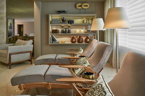 Apartamento JD: Salas de estar modernas por Gláucia Britto
