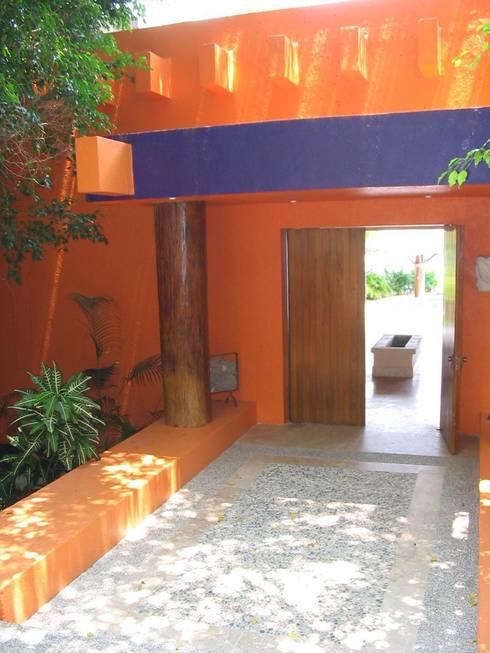 Villa KW - Micheas Arquitectos:  de estilo  por Micheas Arquitectos