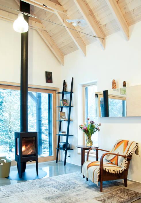 Część dzienna, zima: styl , w kategorii Salon zaprojektowany przez Magdalena Zawada