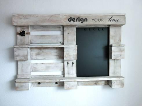 memo wandregal aus europalette von paletino homify. Black Bedroom Furniture Sets. Home Design Ideas