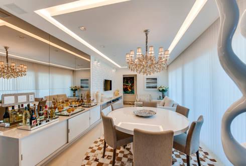 Living e Jantar: Salas de estar modernas por Lucia Navajas -Arquitetura & Interiores