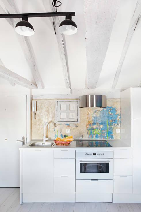 Kitchen by Sucursal urbana universo Sostenible