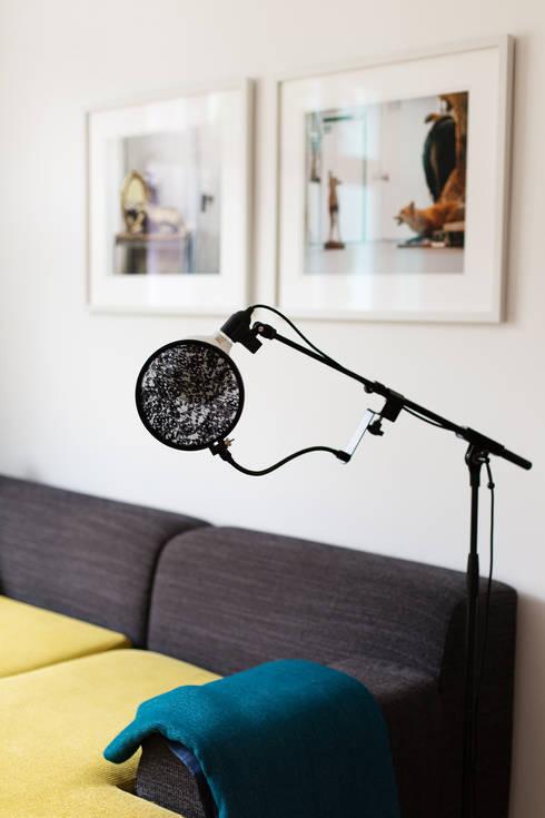 micro bulb die mikrofon leuchte von reblau design homify. Black Bedroom Furniture Sets. Home Design Ideas