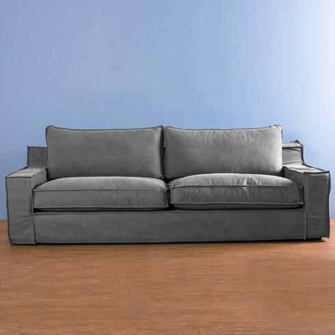 Sofa Capri Gris Obscuro: Salas de estilo minimalista por mobica