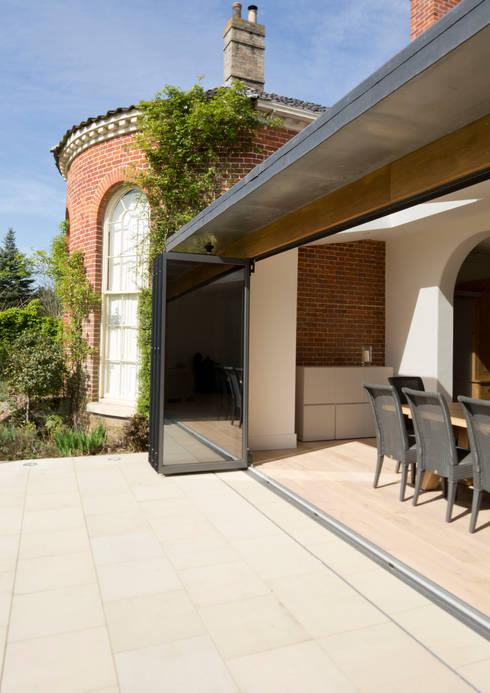 Casas de estilo  por Hudson Architects