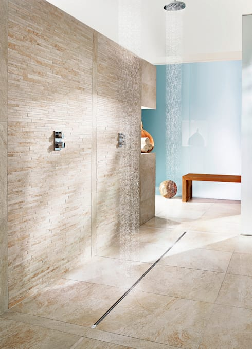 Afvoer inloopdouche: moderne Badkamer door Viega