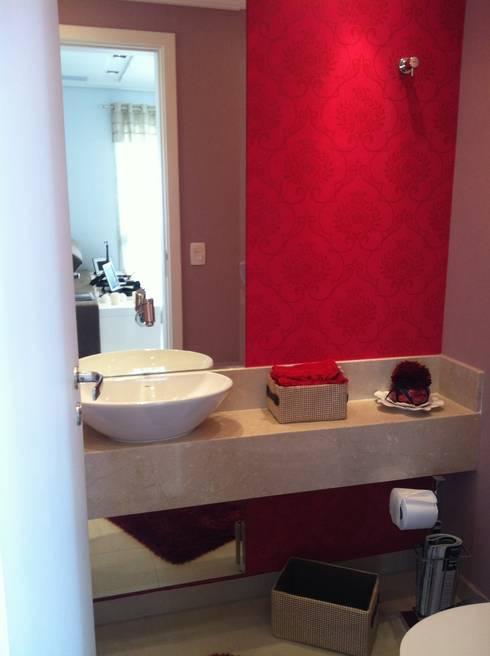 Apartamento Condomínio Central Park - Mooca: Banheiro  por Projetual Arquitetura