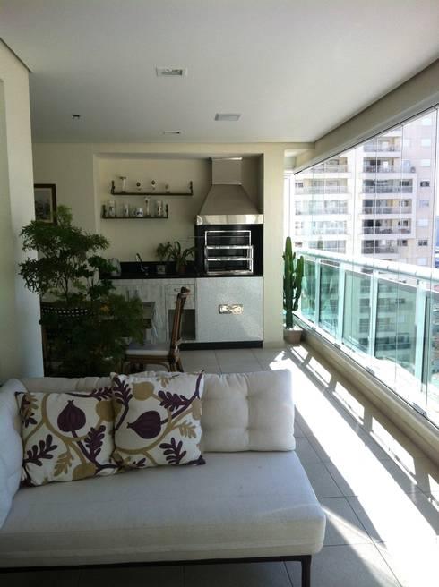 Apartamento Condomínio Central Park – Mooca: Terraços  por Projetual Arquitetura