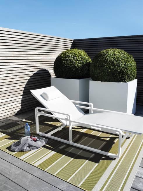 gem tliche accessoires f r garten und balkon von benuta gmbh homify. Black Bedroom Furniture Sets. Home Design Ideas