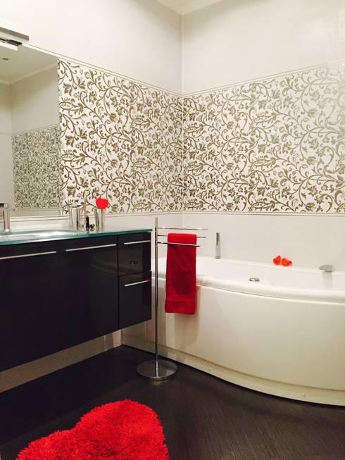Il bagno (dopo): Bagno in stile  di Paola Boati Architetto