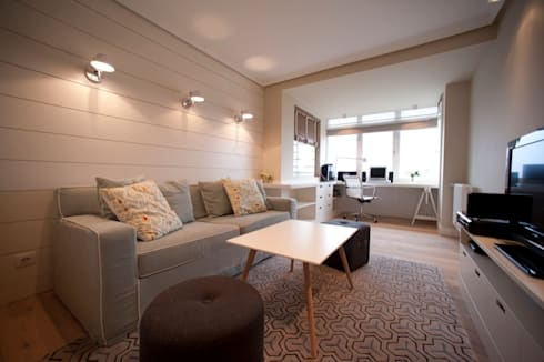 Sube Susaeta Interiorismo – Sube Contract diseño interior de casa con gran cocina: Salas multimedia de estilo moderno de Sube Susaeta Interiorismo