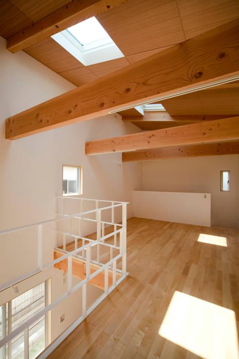 フリースペース: 有限会社クリエデザイン/CRÉER DESIGN Ltd.が手掛けた和室です。