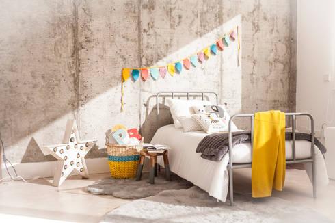 Dormitorios modernos con belandsoph : Dormitorios de estilo moderno de BEL AND SOPH