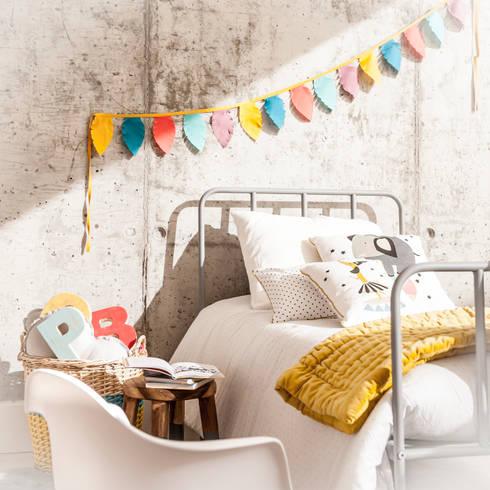 Decoración integral de espacios infantiles en belandsoph: Habitaciones infantiles de estilo  de BEL AND SOPH