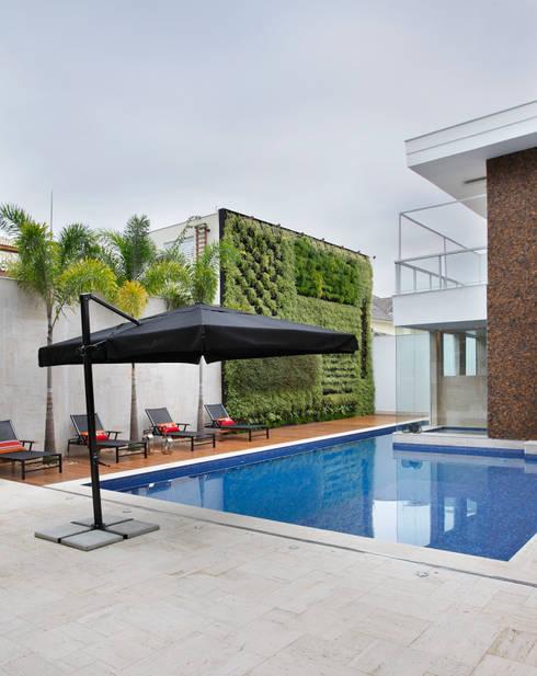 Giardino in stile in stile Moderno di Arquitetura e Interior