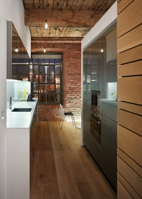 Albert Mill: minimalistic Kitchen by Donald Architecture