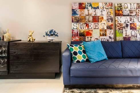 Condomínio Portal de Barcelos : Salas de estar modernas por Lo. interiores