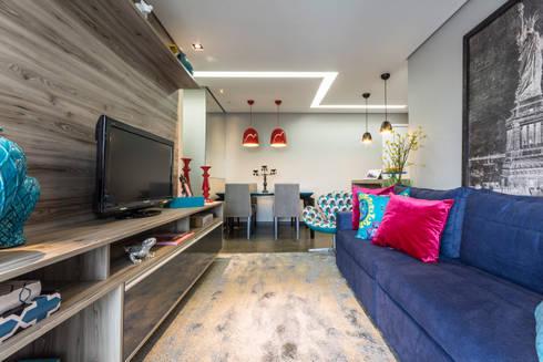 Gran Village Club: Salas de estar modernas por Lo. interiores