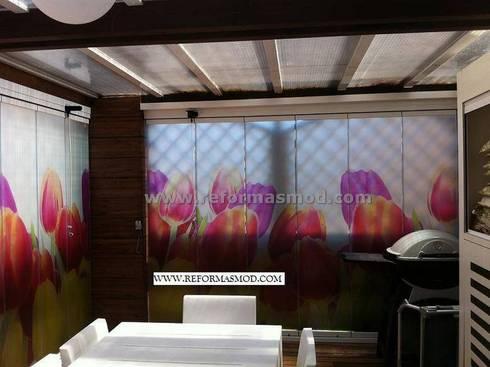 Una terraza de diseño, para disfrutar en verano e invierno.: Terrazas de estilo  de METODO ORIGINAL DECOR (Reformas MOD)