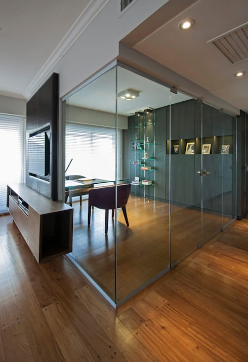 Dining room by Estudio Sespede Arquitectos