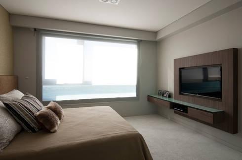 Puerto Madero: Dormitorios de estilo moderno por Estudio Sespede Arquitectos