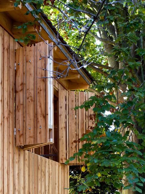Garage/shed by tillschweizer.co