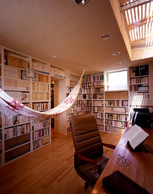 大椎町の家: 久保田章敬建築研究所が手掛けた和室です。