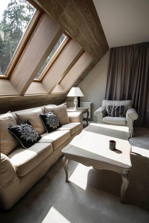 Dom w Polanicy: styl , w kategorii Salon zaprojektowany przez ASA Autorskie Studio Architektury