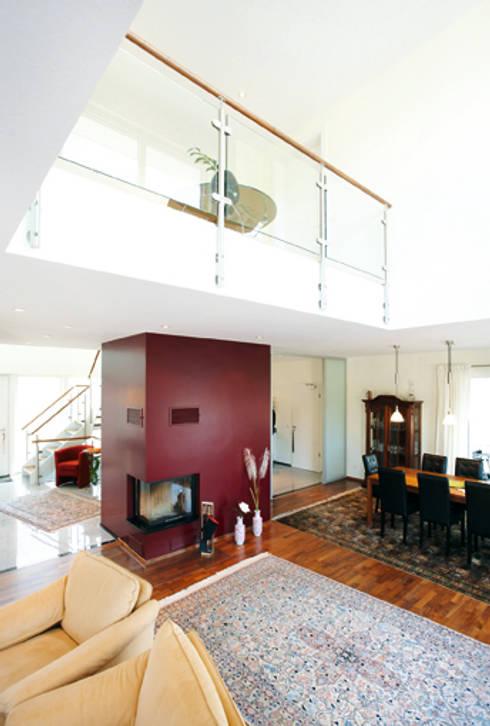 cleverer entwurf f r zwei generationen von haacke haus gmbh co kg homify. Black Bedroom Furniture Sets. Home Design Ideas