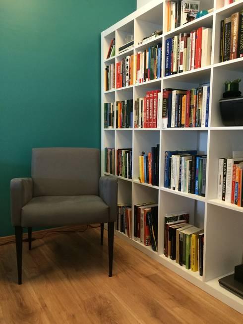 Espaço de leitura do dormitório: Quartos  por Projeto Bem Bolado
